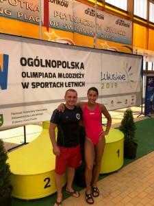 Fizjoterapeuta Lesław Kuczyński i Kamila Prusik